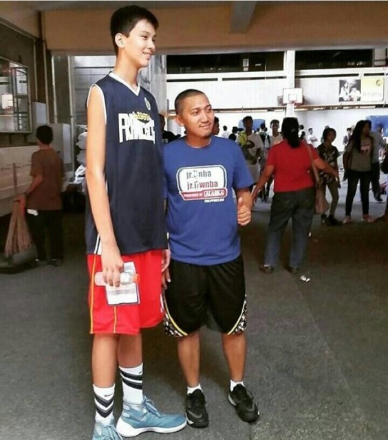 13yearold kyle sotto 69quot dubbed as the tallest teen in ph